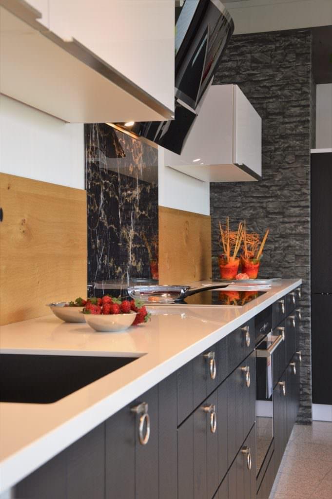 Das kuchenstudio schreinerei seegerer for Küchenstudio weiden